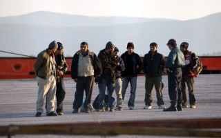 Σχεδόν 8.000 μετανάστες από την Ελλάδα θα μετεγκατασταθούν σε άλλες χώρες της Ε.Ε.