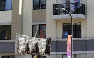 Σάπιες οι δοκοί υποστήριξης στο μπαλκόνι που κατέρρευσε