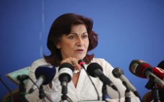 Φωτίου: Δεν θα ζητήσουμε πίσω το ΕΚΑΣ από χαμηλοσυνταξιούχους