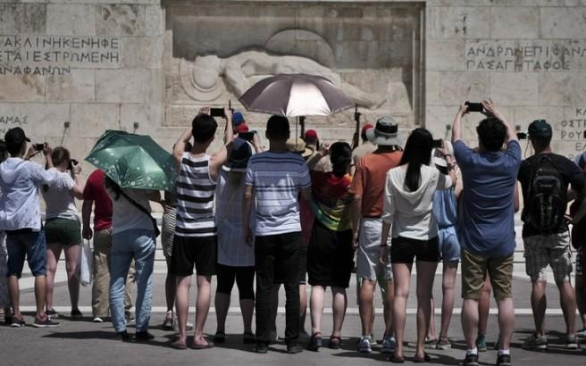 «Χρυσή χρονιά για τον ελληνικό τουρισμό»