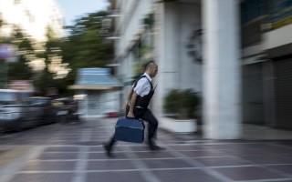 Δυνατές φωτογραφίες από την Ελλάδα των capital controls