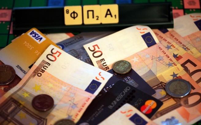 «Καίριο πλήγμα στην αγορά» η ενδεχόμενη αύξηση του ΦΠΑ