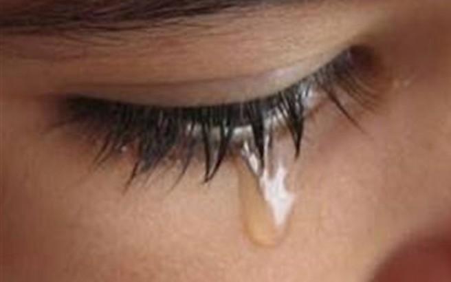 Νεαρός πατέρας βίαζε τη 2χρονη κόρη του και το μετέδιδε στο διαδίκτυο