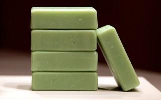 Πράσινο σαπούνι για τα μαλλιά