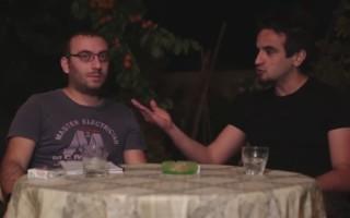 Ο Έλληνας που μιλάει ανάποδα