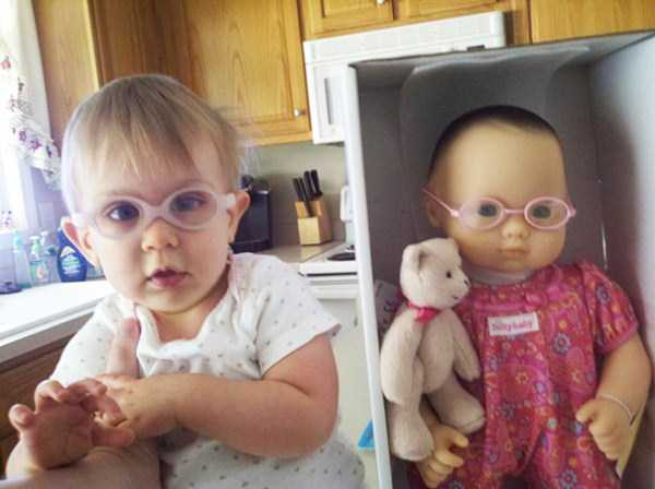 babies-and-their-look-alike-dolls-4