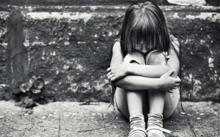 Γονείς στη Λέρο κατηγορούνται ότι βίαζαν τα τρία παιδιά τους