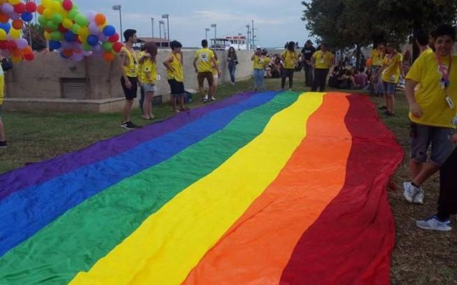 Η Google αφιερώνει doodle στον Γκίλμπερτ Μπέικερ για τη ΛΟΑΤ σημαία του ουράνιου τόξου
