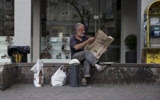 Zeit: Στην Ελλάδα οι άνθρωποι «απλά επιβιώνουν»