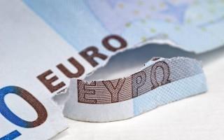 Γερμανός οικονομολόγος: Καλύτερα να αφήναμε την Ελλάδα να βγει από το ευρώ
