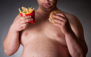 Κατά 50% αυξήθηκαν την τελευταία πενταετία οι παχύσαρκοι Ρώσοι