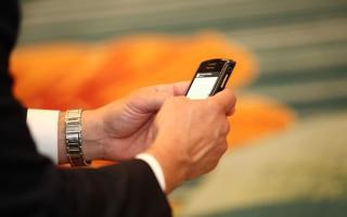 Ένα δισ. πολίτες θα προστεθούν στους συνδρομητές κινητής τηλεφωνίας