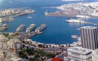 Εκδηλώσεις και ελληνικές λιχουδιές για τους τουρίστες στο λιμάνι του Πειραιά