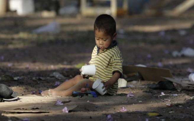 Ο κορονοϊός «σπρώχνει» στη φτώχεια έως και 86 εκατομμύρια παιδιά
