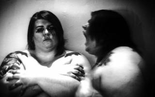 Το πορτραίτο μιας παχύσαρκης μέσα από τα μάτια των άλλων