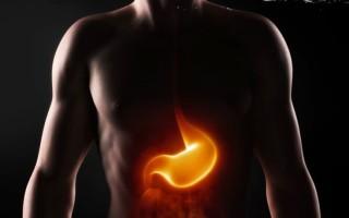 Συσκευή εξέτασης καταπίνεται και φορτίζει με τα γαστρικά υγρά στο στομάχι