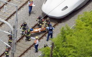 Τρένο συγκρούστηκε με φορτηγό στην Ιαπωνία
