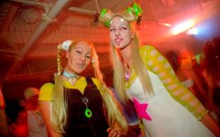 Ο χαοτικός και ψυχεδελικός κόσμος της Rave