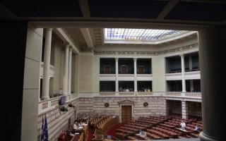 Βουλευτές του ΣΥΡΙΖΑ στα γραφεία της ΝΔ