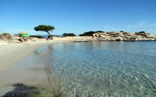 Αποδράσεις σε μαγευτικές παραλίες χωρίς πλοίο