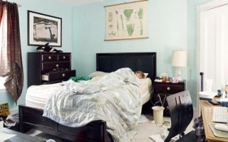 Ένα ακατάστατο δωμάτιο επηρεάζει τον ύπνο