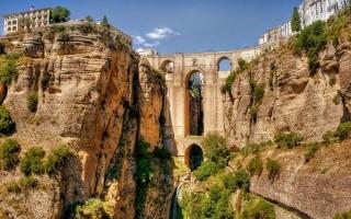 Φαντασμαγορικές γέφυρες απ' όλο τον κόσμο