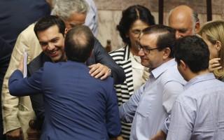 Η επιστολή των 15 βουλευτών του ΣΥΡΙΖΑ που ψήφισαν ναι μεν, αλλά...