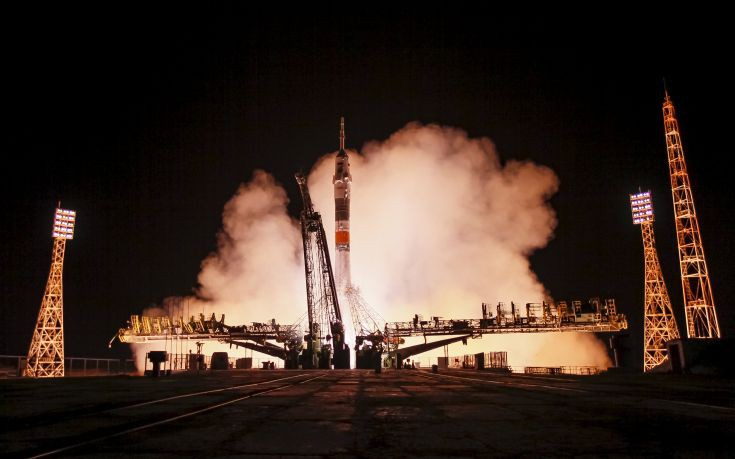 The Soyuz TMA-17M spacecraft carrying the International Space Station (ISS) crew of Kjell Lindgren of the U.S., Oleg Kononenko of Russia and Kimiya Yui of Japan blasts off from the launch pad at the Baikonur cosmodrome, Kazakhstan, July 23, 2015. REUTERS/Shamil Zhumatov