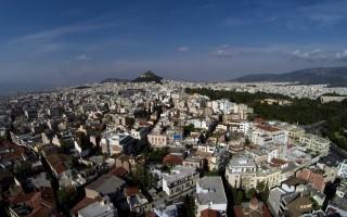 Η έκρηξη του Airbnb και οι ξένοι επενδυτές που «στριμώχνουν» τους Έλληνες