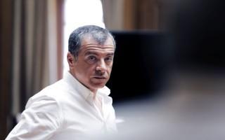 Θεοδωράκης: Μεγάλο βάρος της ανόρθωσης στις πλάτες των δημάρχων