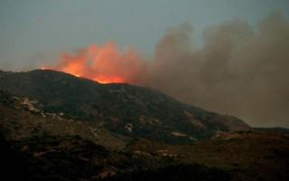 Σε εξέλιξη πυρκαγιά στο Γιαννισκάρι στην Αχαΐα