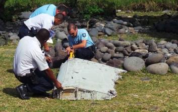 Εντοπίστηκαν συντρίμμια που ίσως ανήκουν στο Boeing της Malaysia Airlines