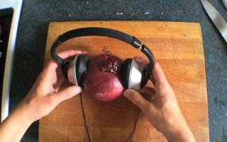 Τρελοί τρόποι για να ψιλοκόψεις το κρεμμύδι