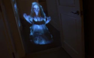 Ένα ολόγραμμα μπορεί να γίνει το πιο εφιαλτικό φάντασμα