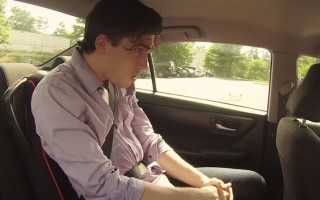 Ένα κοινωνικό πείραμα με ενήλικες κλεισμένους σε αμάξι στον ήλιο