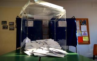 Πυρ ομαδόν για τα ξαφνικά σενάρια νέου δημοψηφίσματος