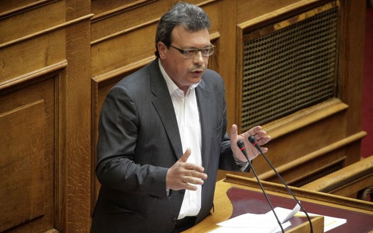 Φάμελλος: Ο Μητσοτάκης είναι ο μόνος που υποστηρίζει τα στοιχεία του ΔΝΤ