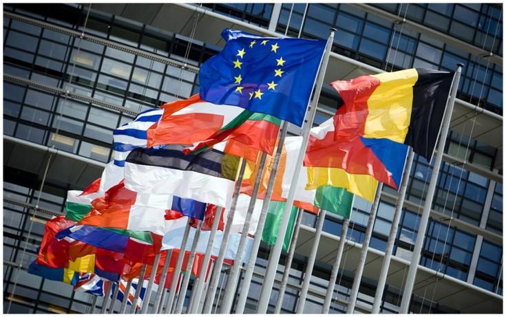 Στα χέρια της Κομισιόν τα σχέδια προϋπολογισμού και των 19 χωρών της Ευρωζώνης
