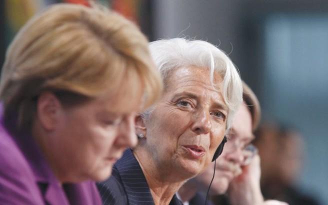 Handelsblatt: Υπό πίεση Μέρκελ και Λαγκάρντ για το θέμα της Ελλάδας
