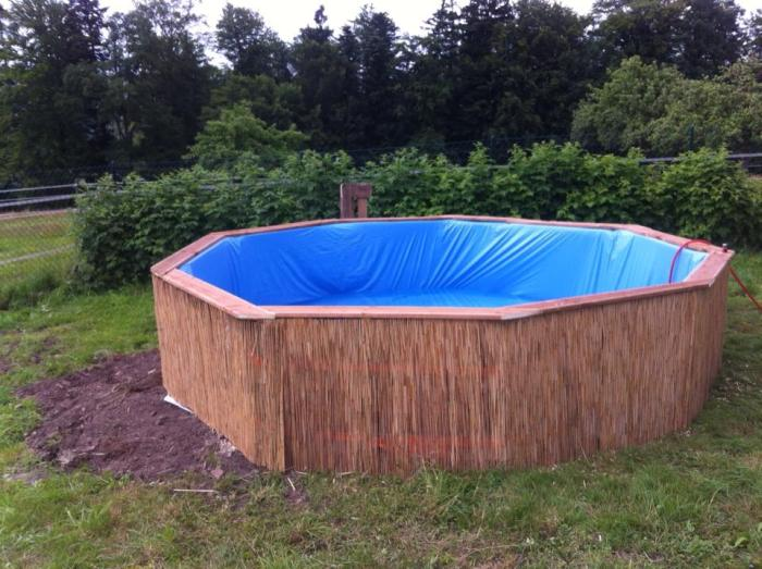 own_swimming_pool_05