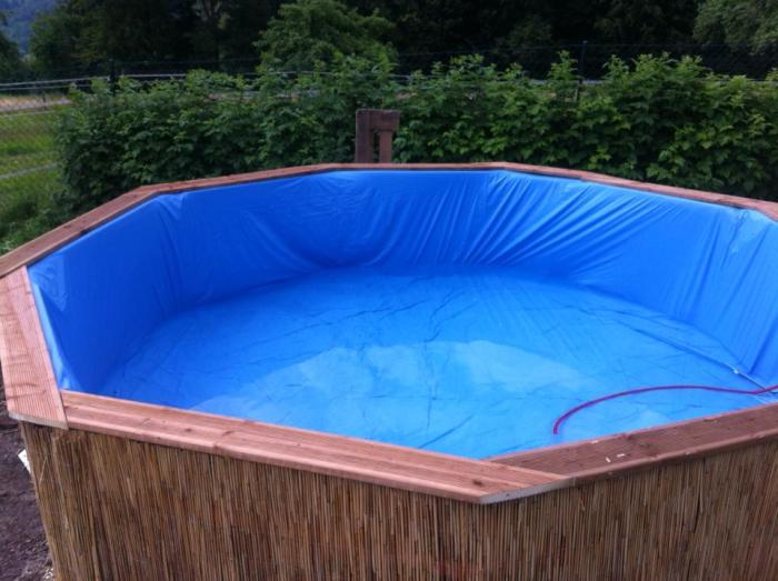 own_swimming_pool_06