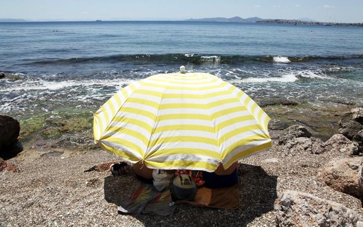 Ποιες παραλίες της Αττικής βρέθηκαν ακατάλληλες για κολύμβηση