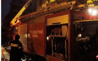 Φωτιά σε διαμέρισμα στη Βάρκιζα