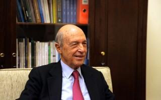 Η απρόσμενη συνάντηση του πρώην πρωθυπουργού με νυν ευρωβουλευτή στον περίβολο του Ζαππείου