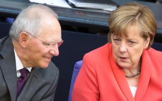 Αντιμέτωπη με το κόμμα της για το ελληνικό πρόγραμμα η Μέρκελ
