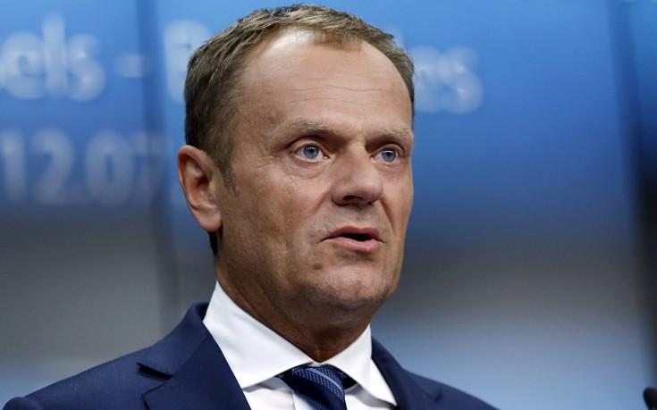 Ανήσυχος ο Τουσκ για την επίτευξη της εμπορικής συμφωνίας CETA