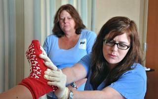Τι ακούει μια νοσοκόμα σε μια αίθουσα τοκετού