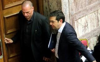 FAZ: Λίγοι πιστεύουν πια σε πολιτικούς θαυματοποιούς στην Ελλάδα