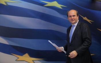 Δεν αποκλείει εξεταστική επιτροπή για τη ΔΕΗ ο Χατζηδάκης