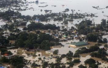 Βούλιαξε η Μιανμάρ από τις πλημμύρες